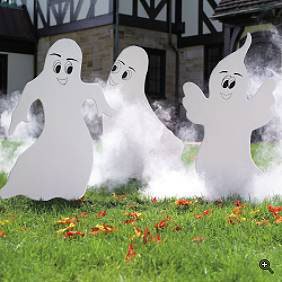 Yard-decor-ghosts